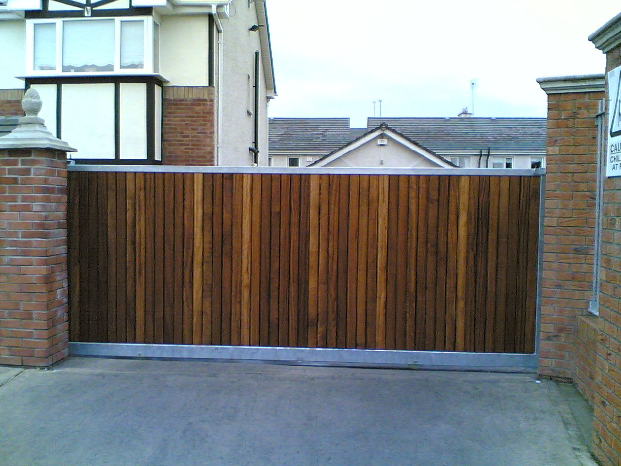 Irish Fencing and Railings- K02- Timber Domestic Gates 08 (5)