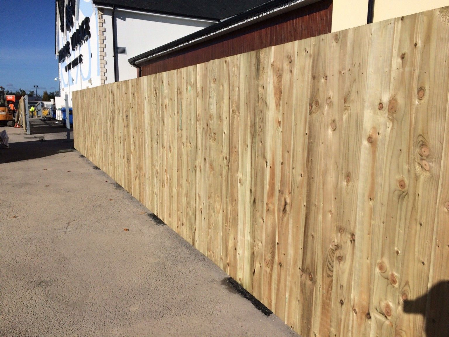 Softwood Timber Panels Irish Fencing Services in use (4)