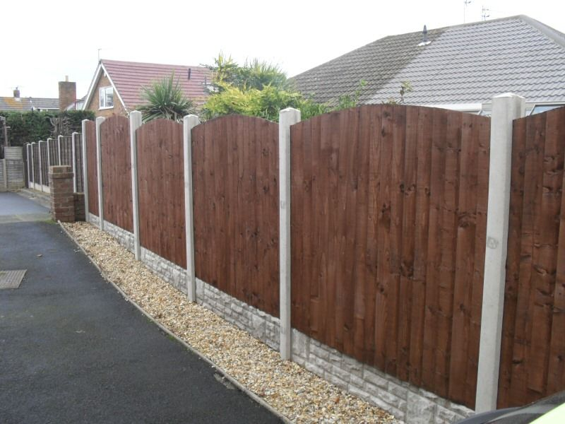 Softwood Timber Panels Irish Fencing Services in use (5)