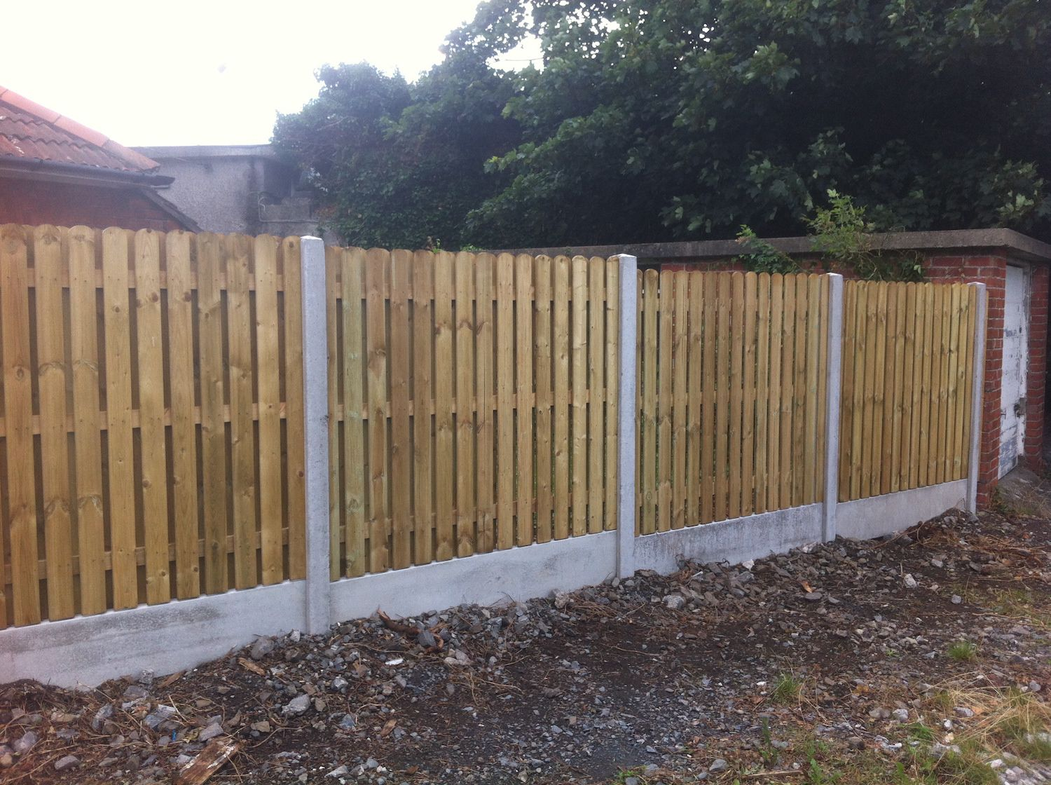 Hit and Miss Panels concrete posts and base panel Irish Fencing Services in use  (7)