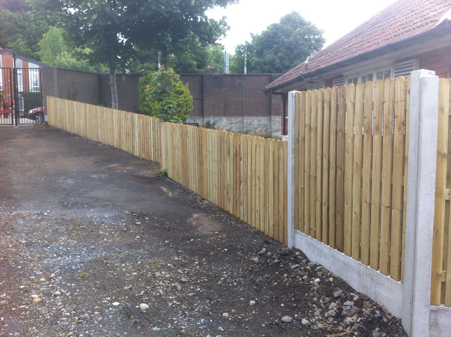 Hit and Miss Panels concrete posts and base panel Irish Fencing Services in use (8)