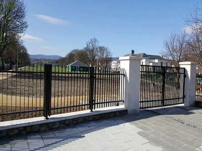 IrishFencing_CustomFlatBarRailing