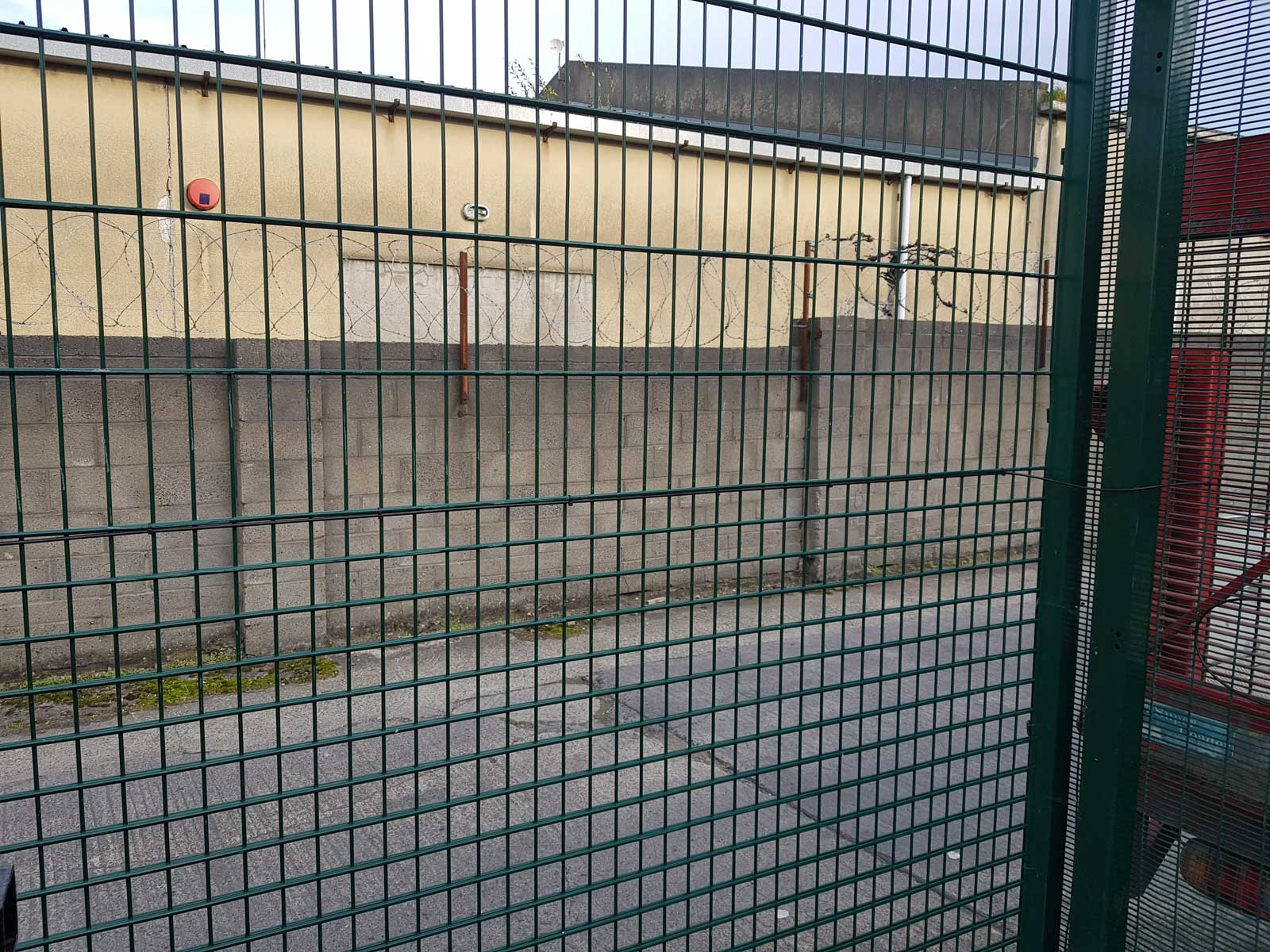 Irish Fencing Services Product Demo Area Intrepid PID On Kinsale Mesh (4)