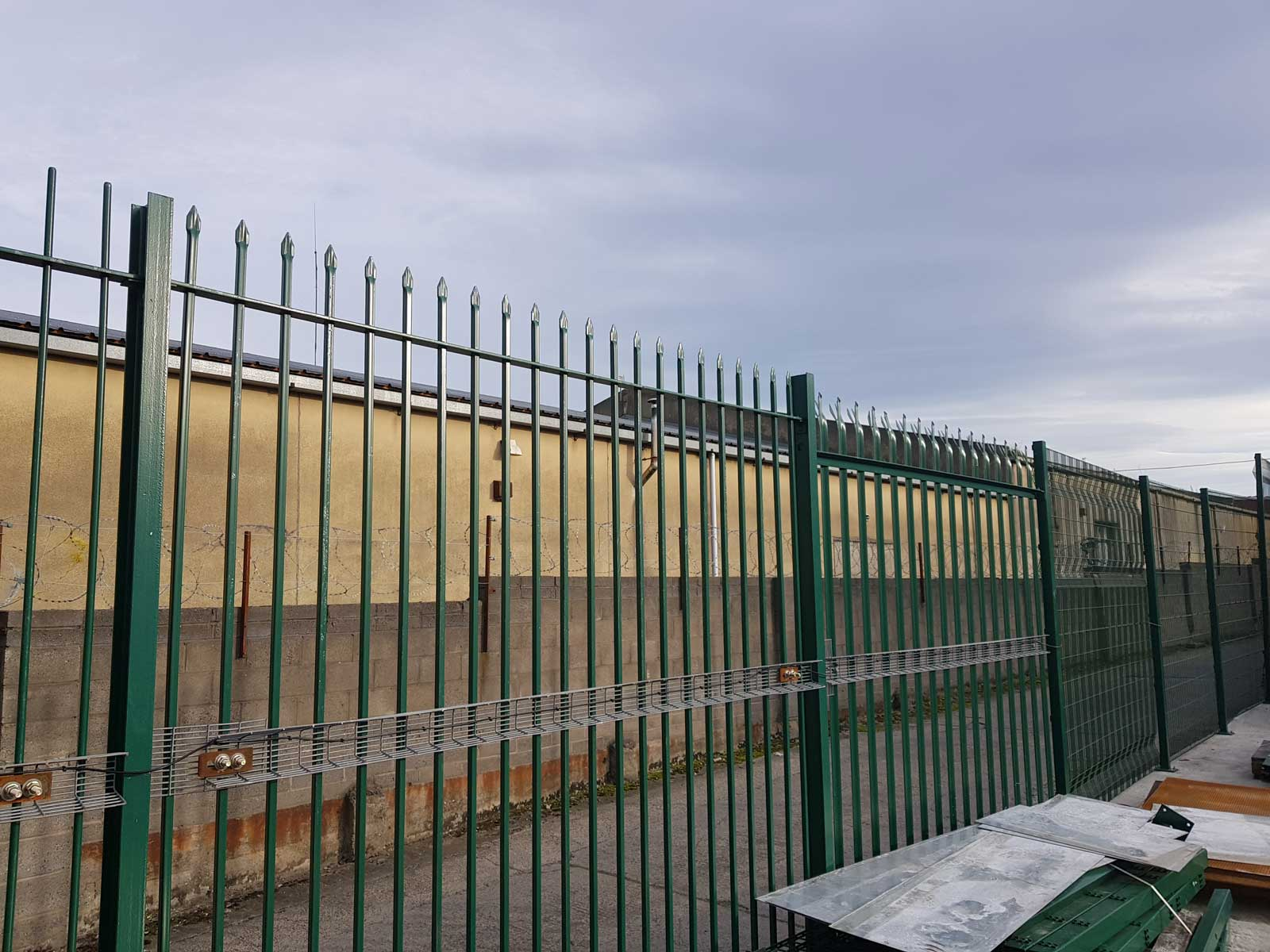 Irish Fencing Services Product Demo AreaIntrepid PID On Leinster Railing (23)