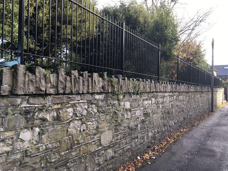IrishFencing 20mmRoundbar WallTopping (3)