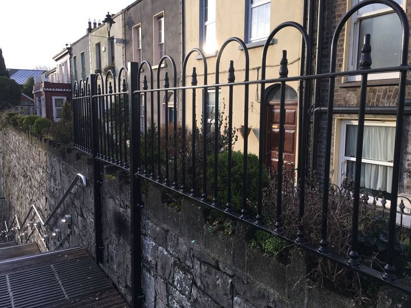 IrishFencingServices Railing Guardrail (1)