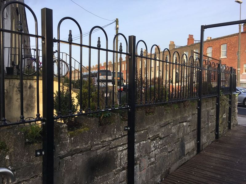 IrishFencingServices Railing Guardrail (2)