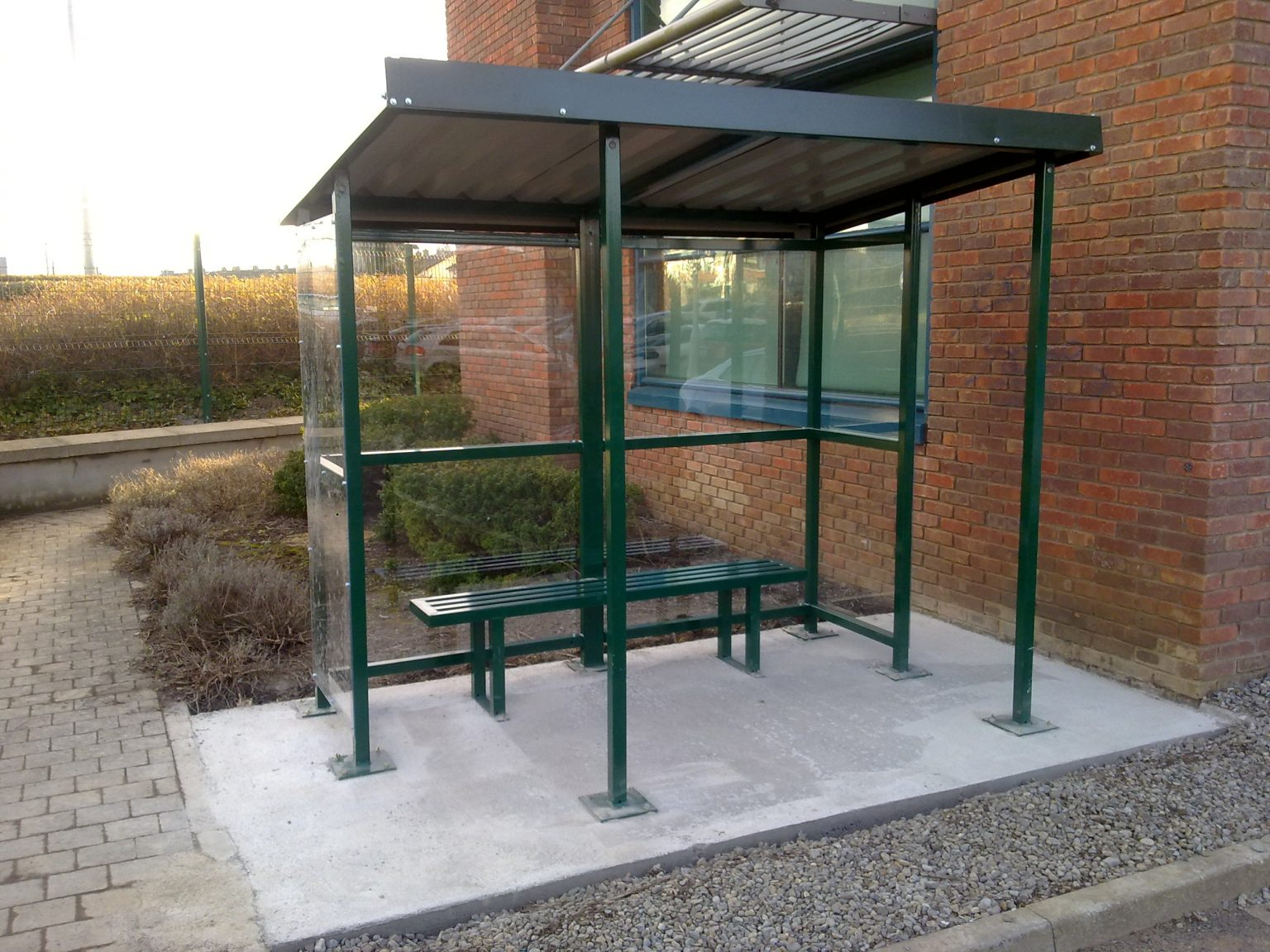 Irish Fencing And Railings Ltd. L02 Smoking Shelter (3)