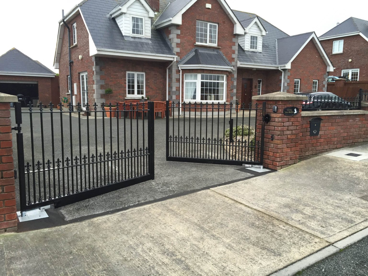 Irish Fencing Domestic Gates (1)