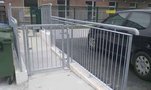 Guard/Hand Rails
