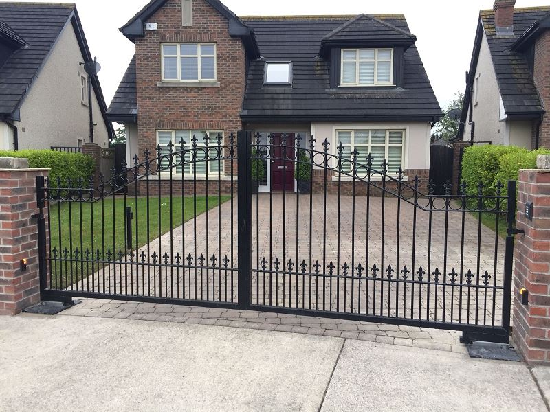 Automated Residential Ornamental Gate.4
