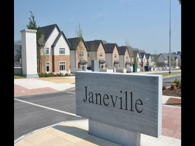 Janeville, Carrigaline, Co. Cork.