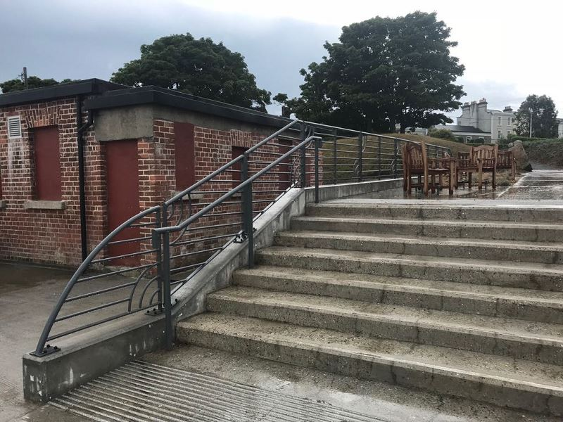 Irish Fencing Customised Handrail Dunlaoire (6)