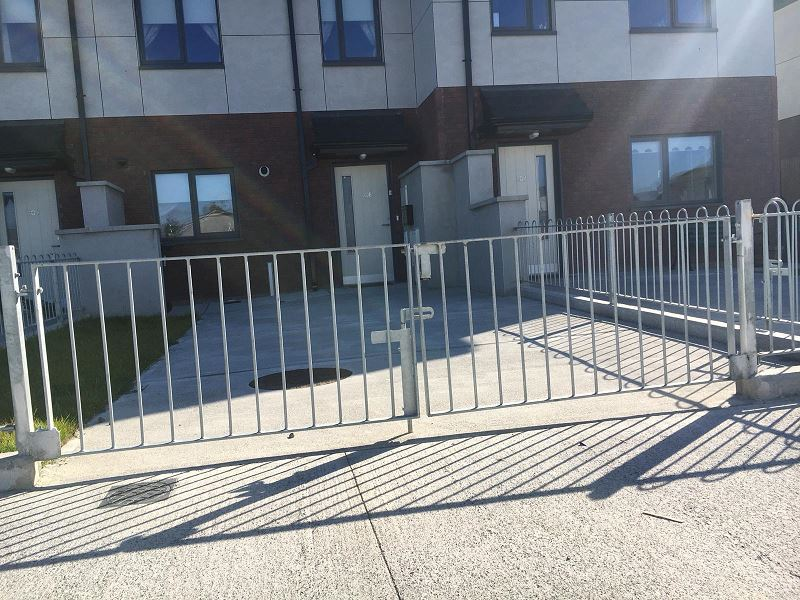 Irish Fencing Services Bowtop Railing.gates.1