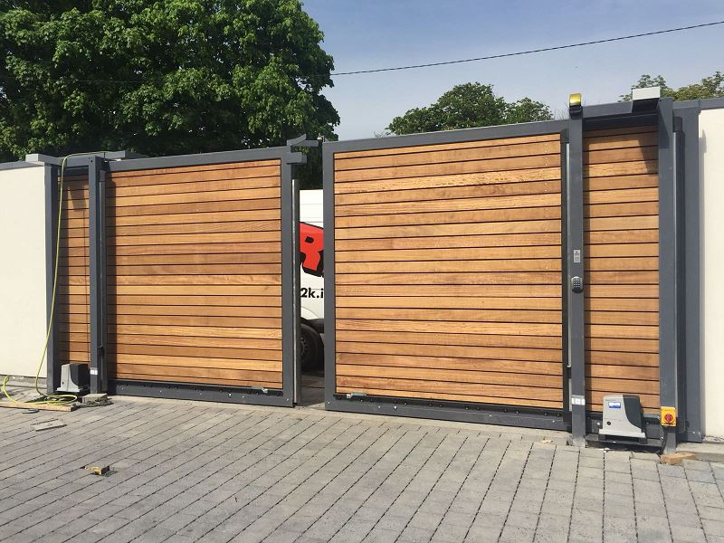 Irish Fencing Services Residential Sliding Timber Gate.2