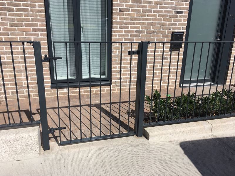 Irish Fencing Services Solid Bar Railing & Gates.7