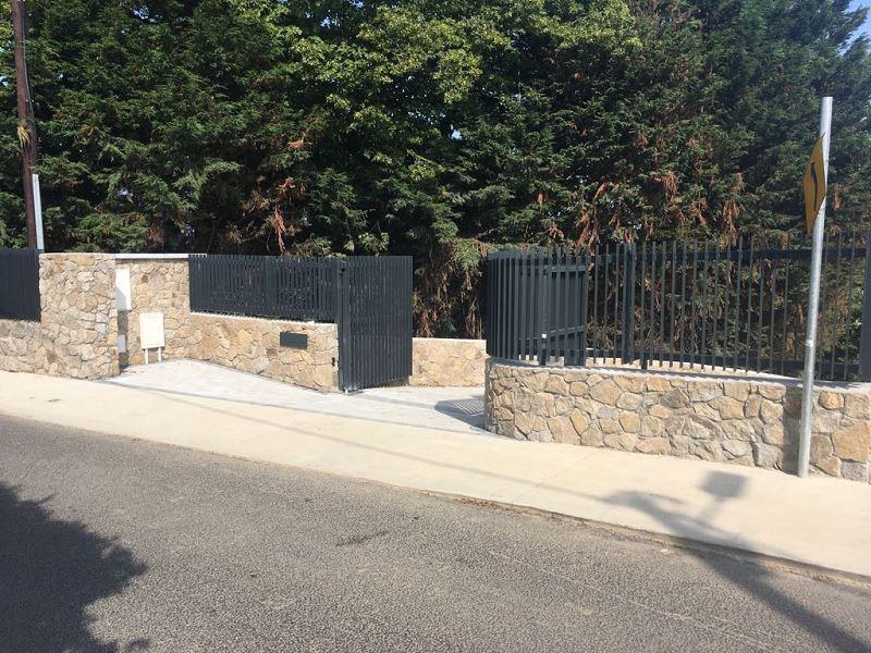 Irish Fencing Services Flat Bar Railing Gates.10