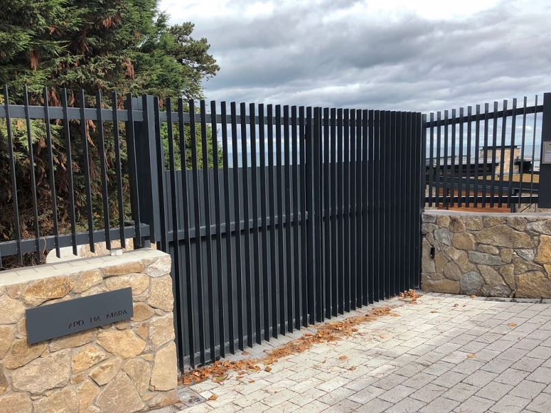 Irish Fencing Services Flat Bar Railing Gates.2