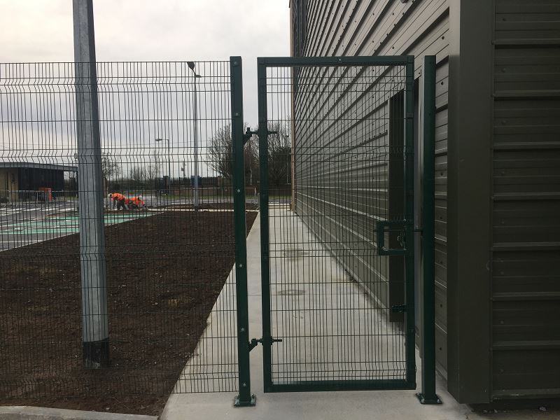 Irish Fencing Services Kilbarry Mesh Gates.2