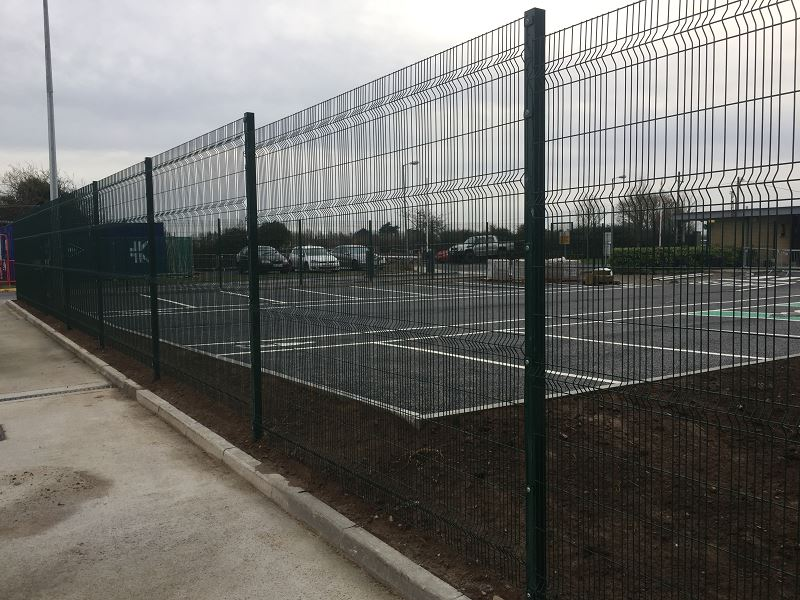 Irish Fencing Services Kilbarry Mesh Gates.3