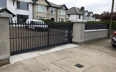 Residential Railing & Sliding Gate.