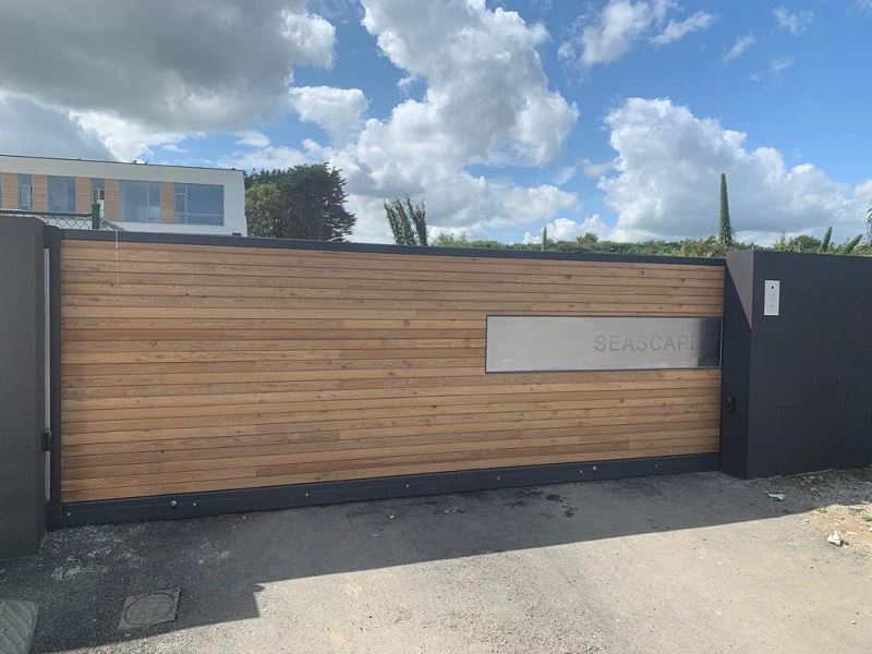 Irish Fencing Services Residential Sliding Gate.1