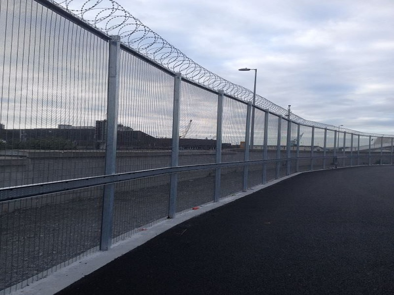 Irish-Fencing-358-Mesh-Dublin-Port-5